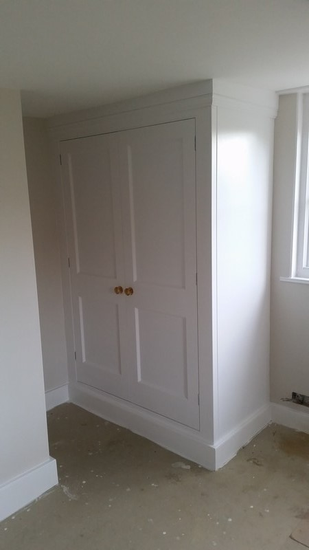 Bespoke Fitted Wardrobe Traditional Essex